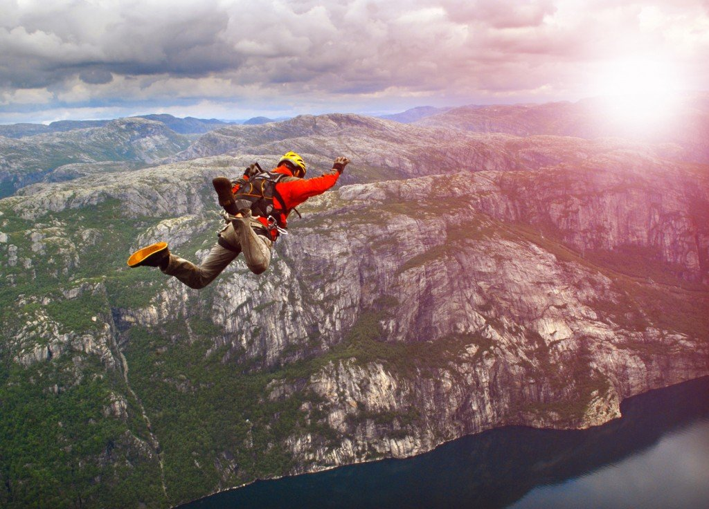 Wireless Bungee Jumping: Is It Fake Or Real? - ScienceABC