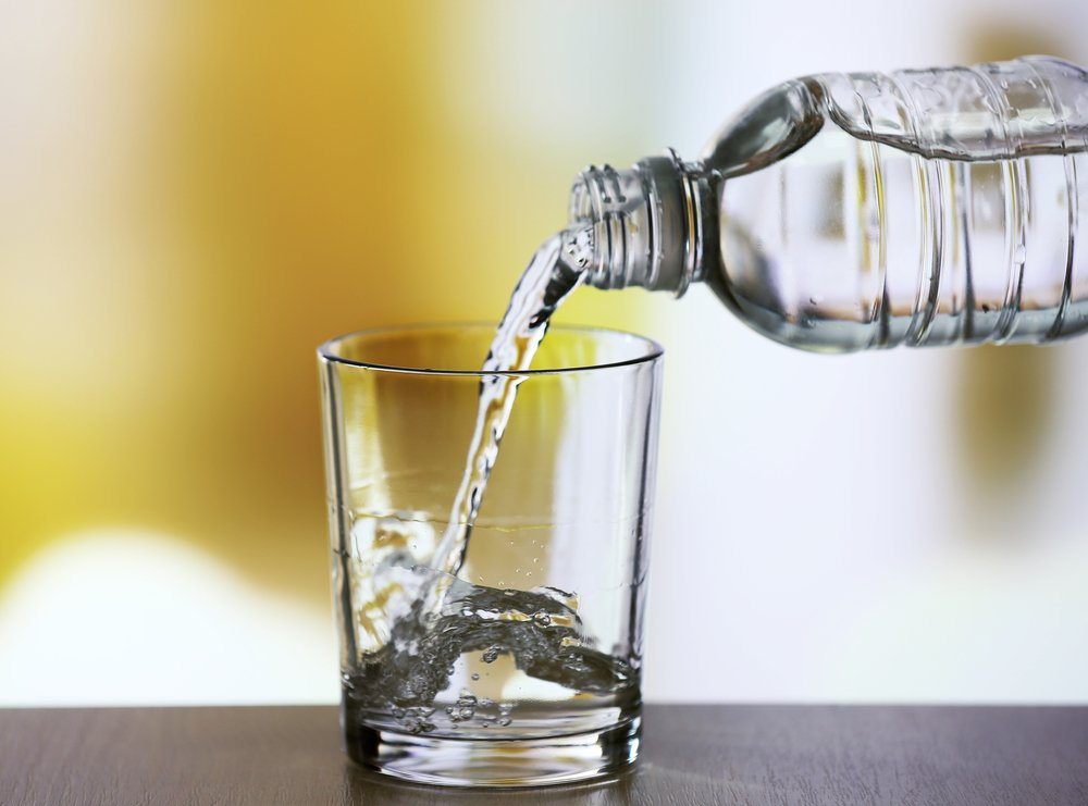 why bottled water is bad While bottled water typically contains an expiration date, it does not actually go bad however, over time the taste of the water may change due to the plastic bottle's chemicals leaching into the.