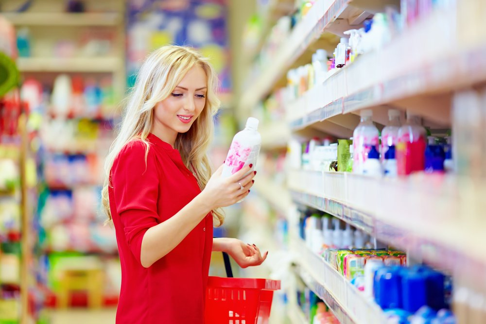 https://www.scienceabc.com/wp-content/uploads/2015/08/beautiful-woman-choosing-personal-care-product-in-supermarket-shopping-Olesia-Bilkeis.jpg