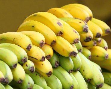 Banans Green and Yellow