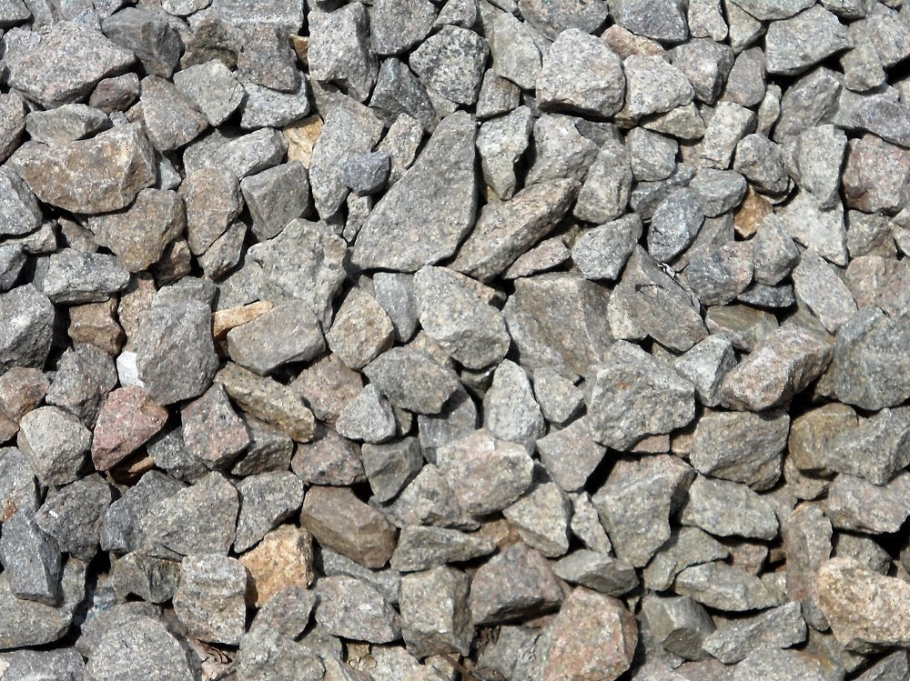 Chipped_Stones_beside_Rail_Tracks