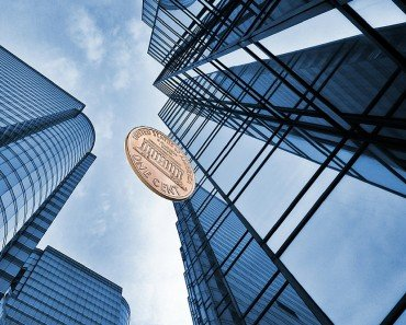 Can a Penny Dropped From the Top of a Building Actually Kill Someone?