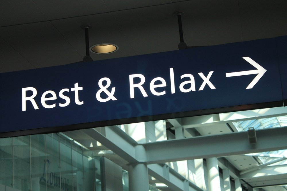 how to get rid of jet lag naturally
