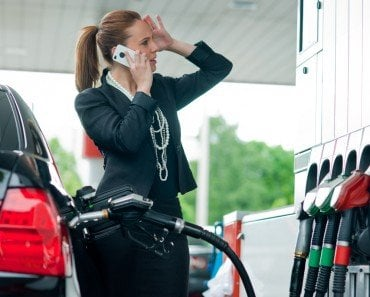Can Using A Cellphone At A Gas Station (Petrol Pump) Cause An Explosion