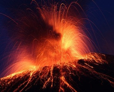 Volcano explosion163577228