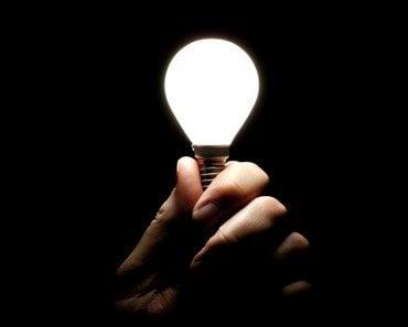 LED Bulb (Simon Bratt)