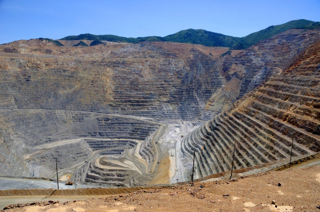 The Kennecott Copper Mine (Photo Credit: Gary Whitton / Fotolia)