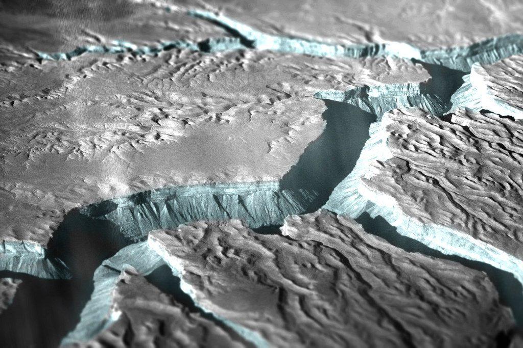Recreating Enceladu's surface