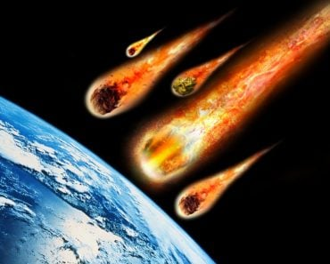 meteorites asteroids falling on earth