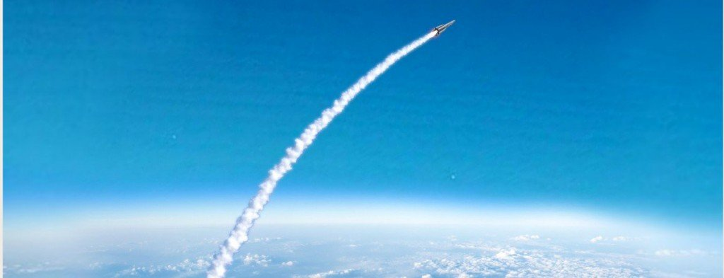 Why Do Rockets Follow A Curved Trajectory While Going Into ...