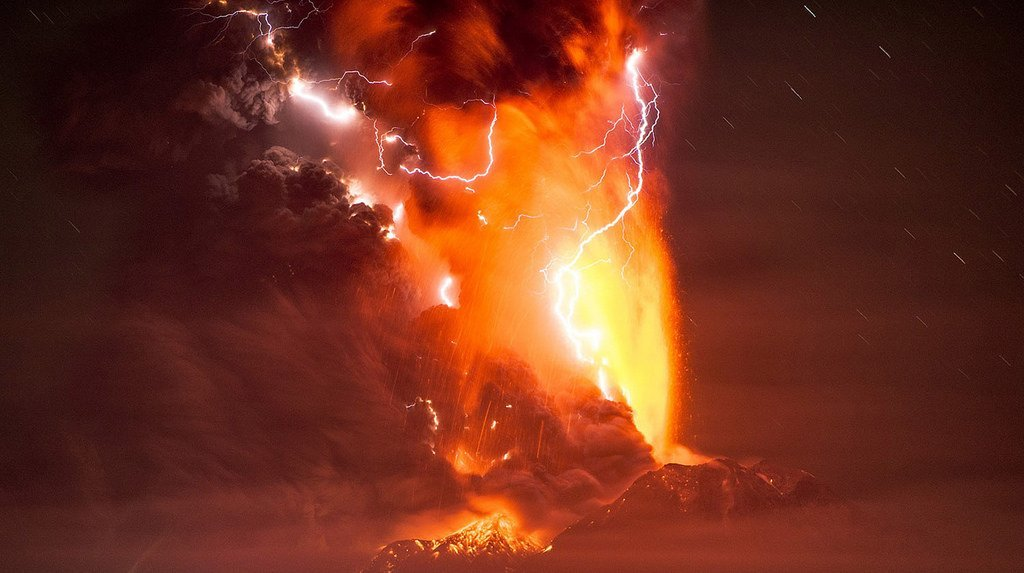 Can Volcanic Eruptions Spark Lightning 187 Science Abc