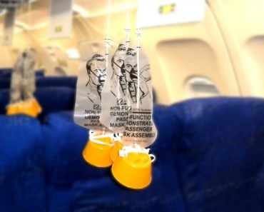 Do Airplanes Really Carry Oxygen For The Oxygen Masks?