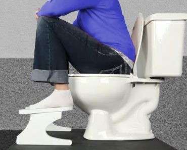 Pooping position