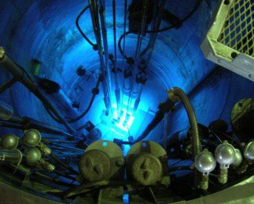 Chernkov radiation in the core of the RA-6 reactor in the Centro Atómico Bariloche
