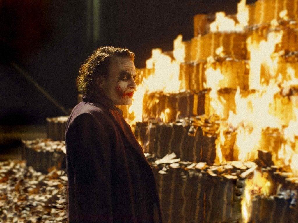 Joker burning money