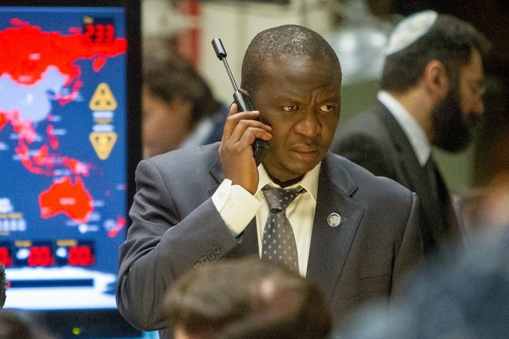 Fana Mokoena Using Satellite phone in Movie World War Z