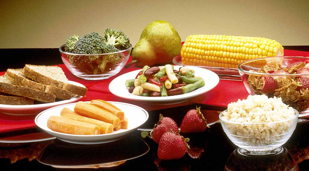Balance diet food Good Food In Dishes