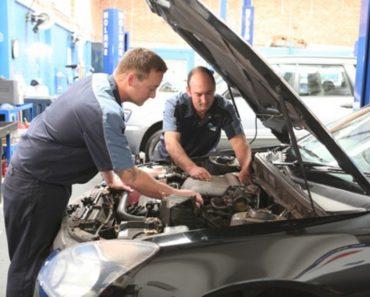 Car repairing man NRMA MotorServe Wollongong