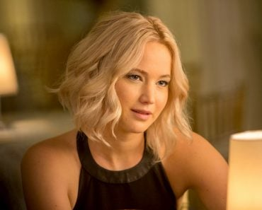 Jennifer Lawrence, blond hair