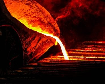 liquid molten iron core