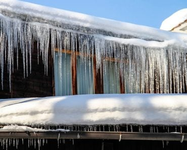 winter icicle house snow cold