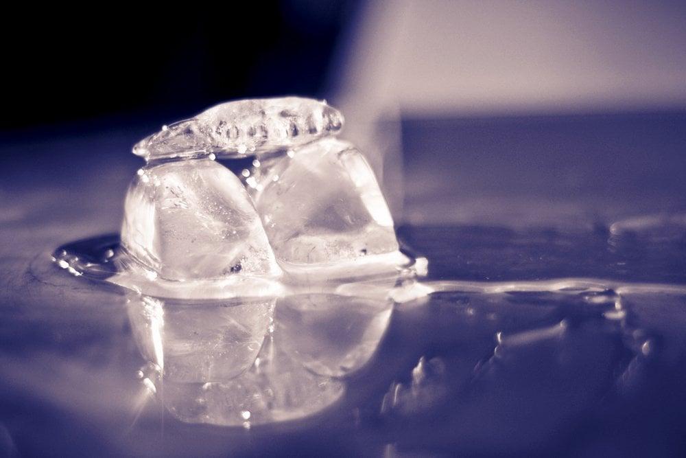 ice cube melting