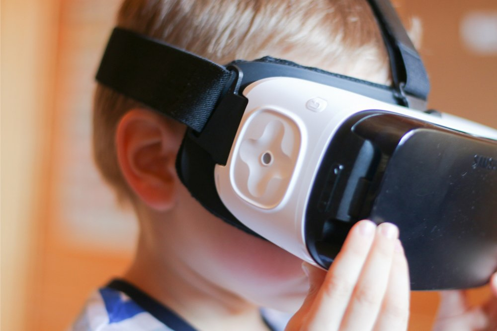 Should Kids Avoid Wearing Virtual Reality (VR) Headsets?