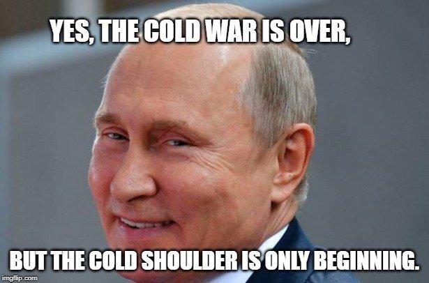 but the Cold Shoulder is only beginning meme