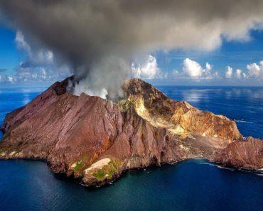 new-Zealand volcano