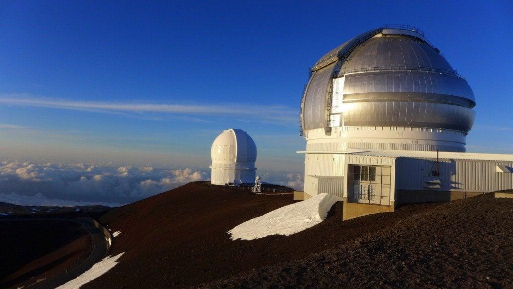 observatory-telescopes-at-mauna-kea-hawaii