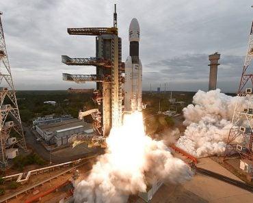 Chandrayaan 2 Module on GSLV MK III - Lift off