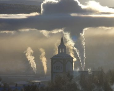 Visible temperature inversion in Røros Norway(ChuckNaage)S