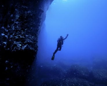 Diving the Blue Hole in Malta(EloyMR)s