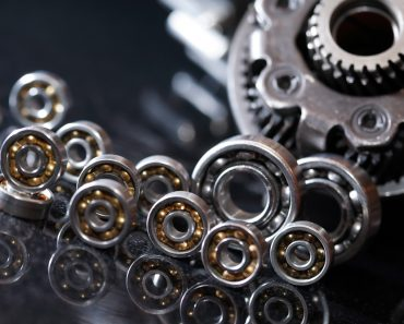 Set of various gears and ball bearings(cosma)s