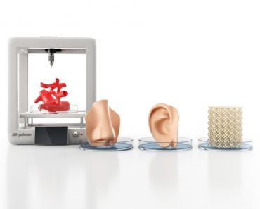 Concept of bioprinting of tissues and organs on white background. 3D illustration(Iaremenko Sergii)s