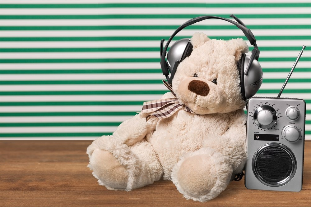 teddy listening to music headphones