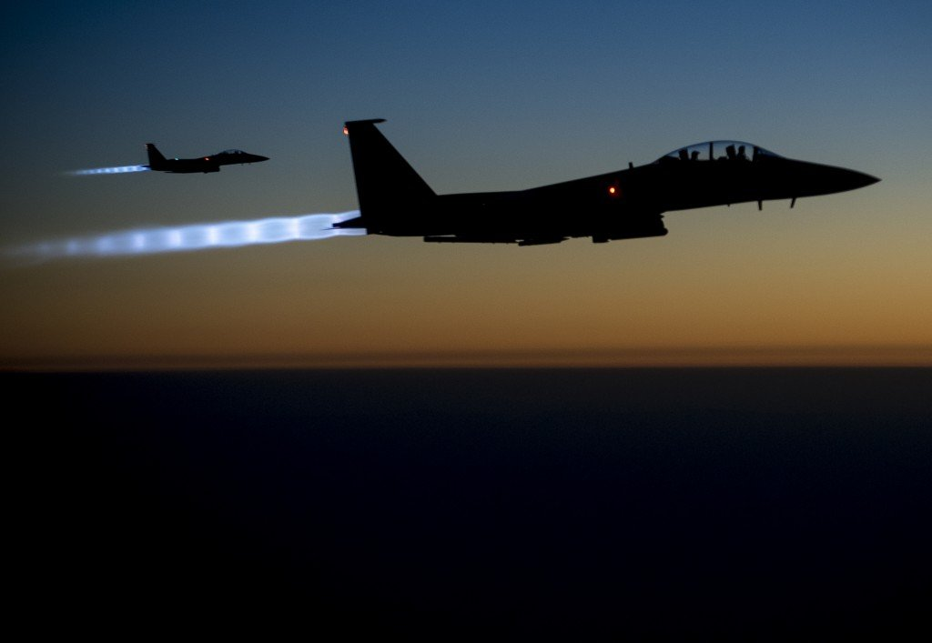 Airstrikes_in_Syria_140923-F-UL677-654