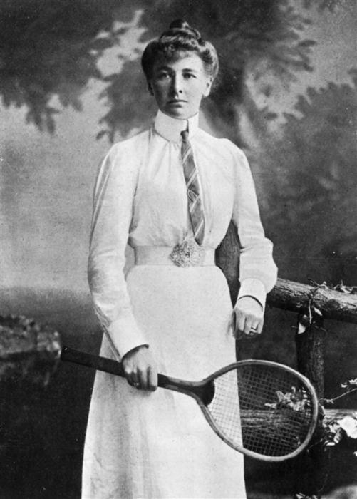 Charlotte Cooper, first female to win a medal at 1900 Olympics Games