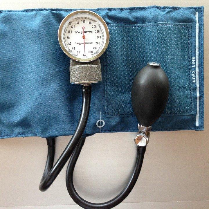 sphygmomanometer-aneroid