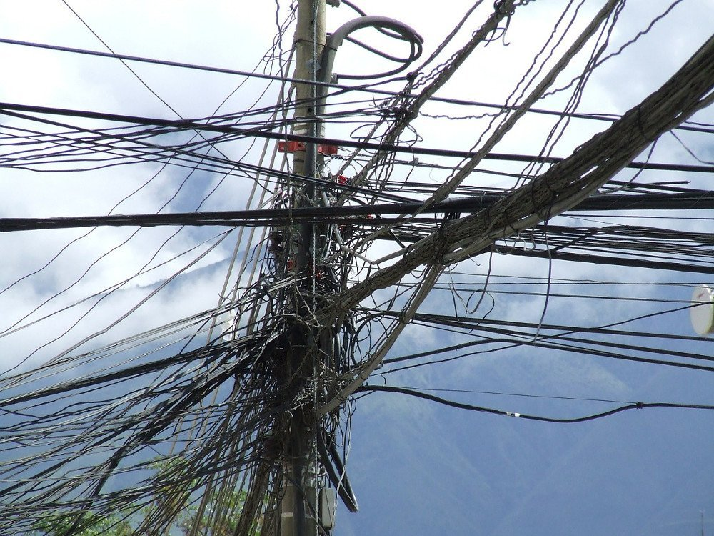 Entangled Power Lines