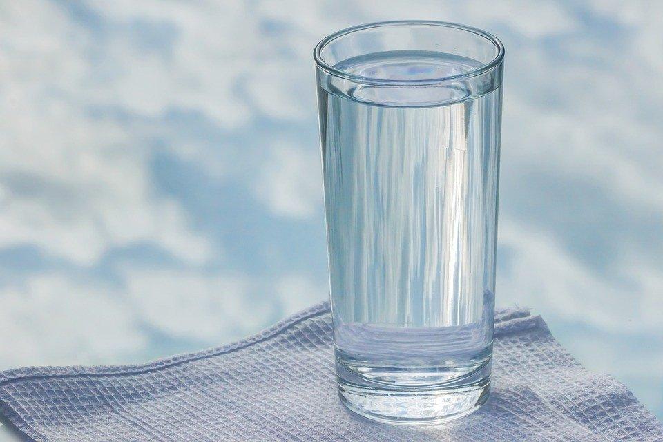 Glass Tumbler Sky Reflection Water Napkin Glass