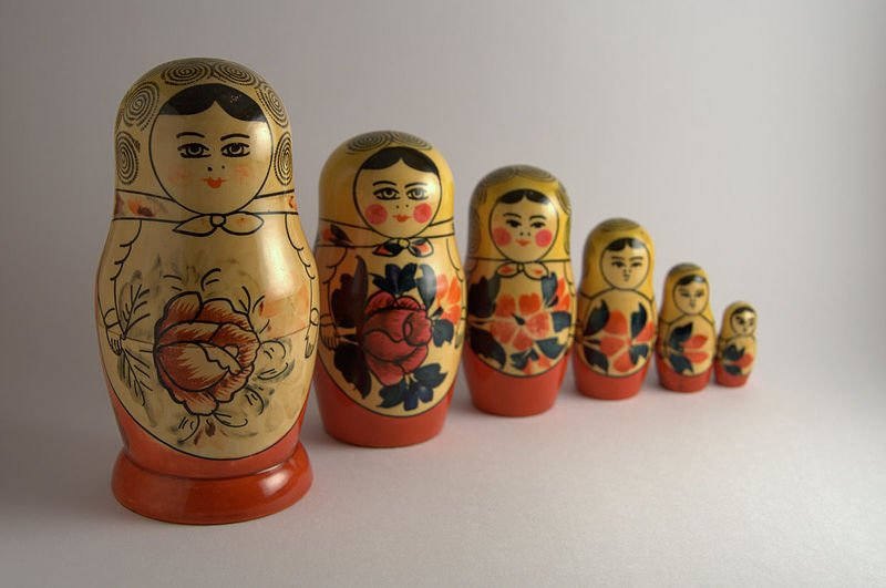 Matryoshka_dolls