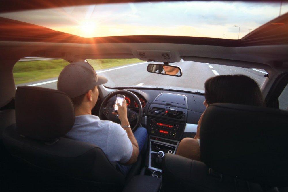 discussion in car