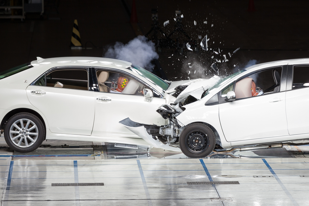 Front End Collision during a Crash Test(Benoist)s
