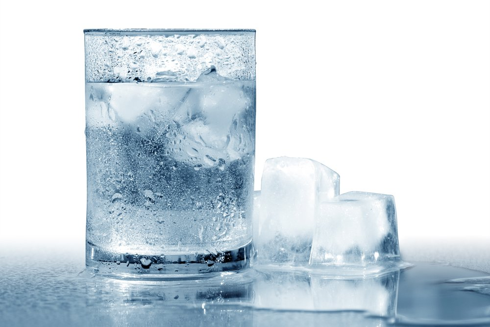 Glass of very cold water with ice cubes. Isolated with clipping path - Image(cosma)s