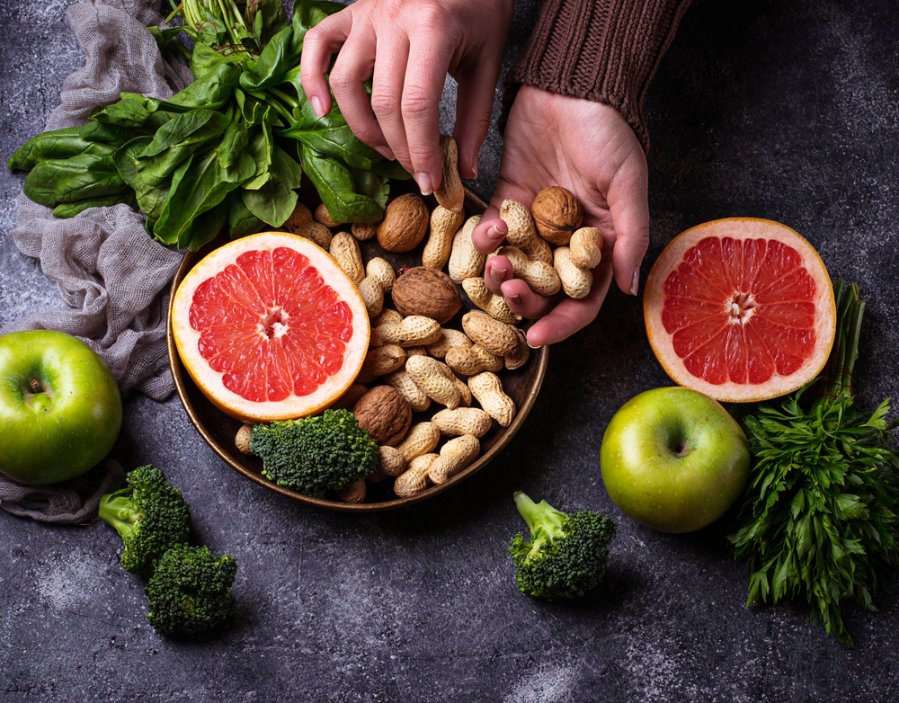 Healthy vegetarian food. Clean eating and raw diet concept. Selective focus - Image( Yulia Furman)s