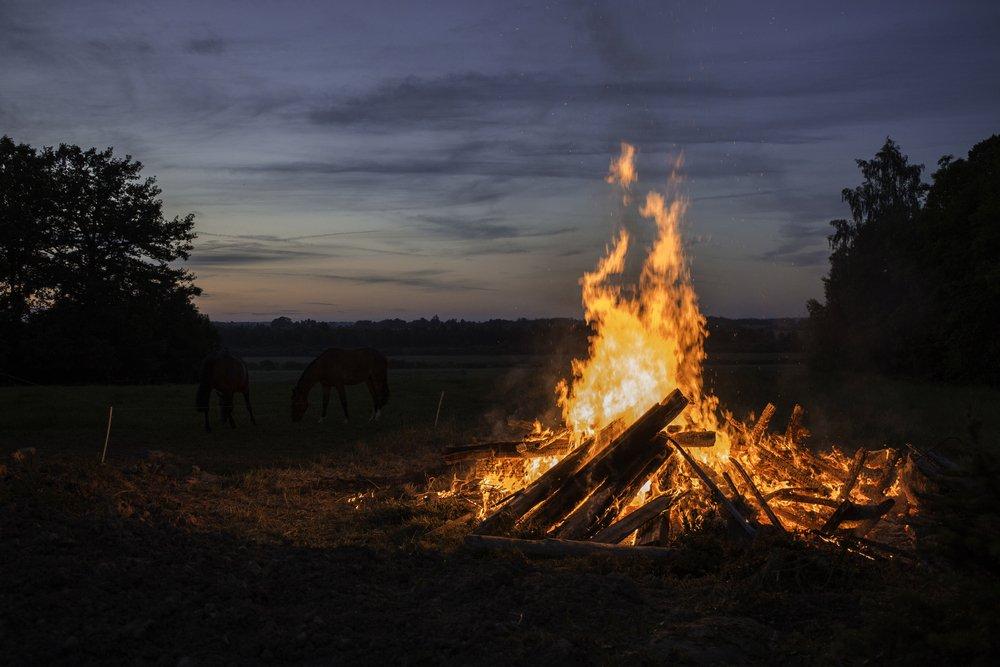 Midsummer bonfire fire (Sandis Ruperts)(s)