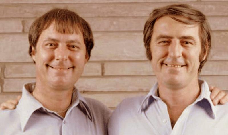 jim twins thumb