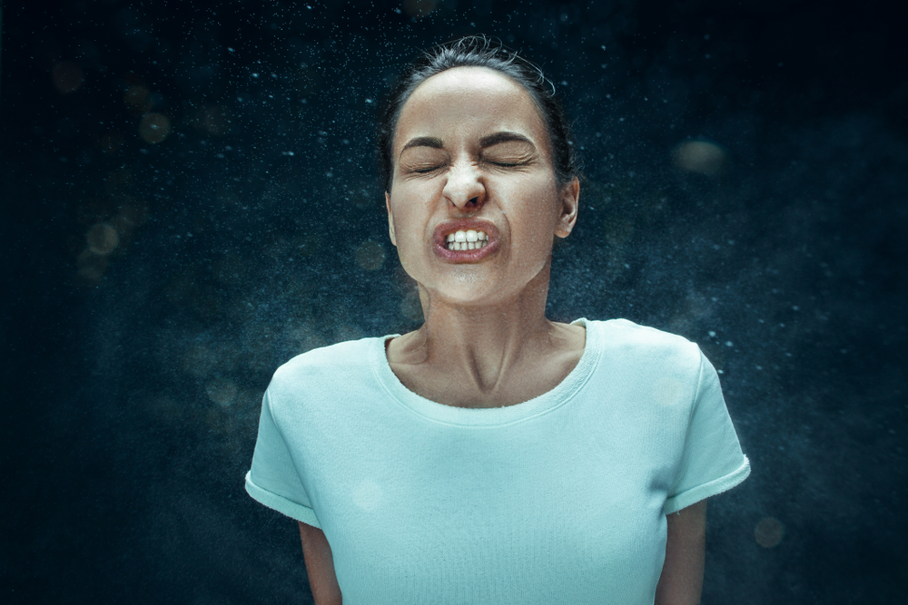 Is It Possible To Prevent A Sneeze By Placing Your Hands Under Nose?