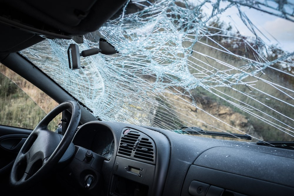 Broken Windshield-Car Crash(Dado Veron)S